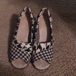 Toms Houndstooth wedged
